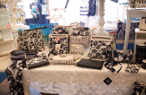 Classic Black and White – New Spartina